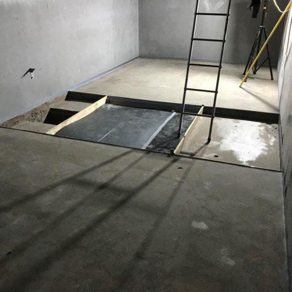 Bund floor was not level