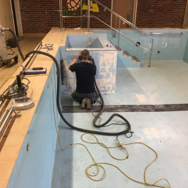 Following preparation the pool was double primed using VIP Quickrime 2k – a solvent free epoxy primer